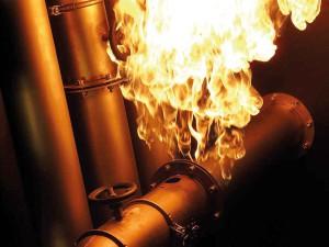 Flange-Fire--Flanschbrand-Kuwait-2